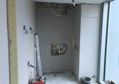 slaapkamer + badkamer renovatie - badkamer nieuwe muren